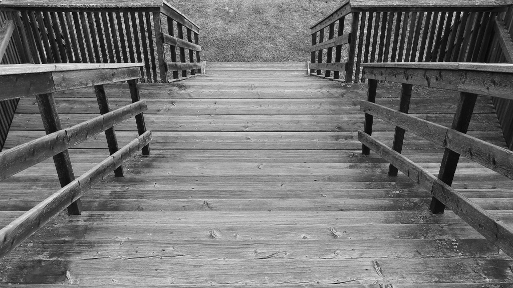 stairs-838117_1920